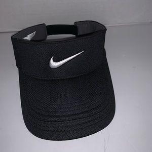 Nike Dri Fit black sun visor